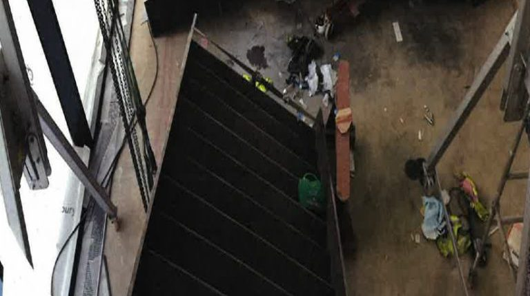 Staircase slipped and amputated leg
