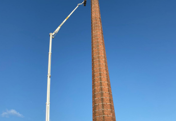 Giant cherry picker brought in to rescue man