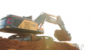 UK biggest Crawler Excavator on £21m job