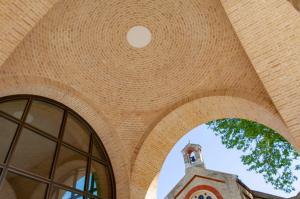 Brickwork arch at Chelsea Barracks