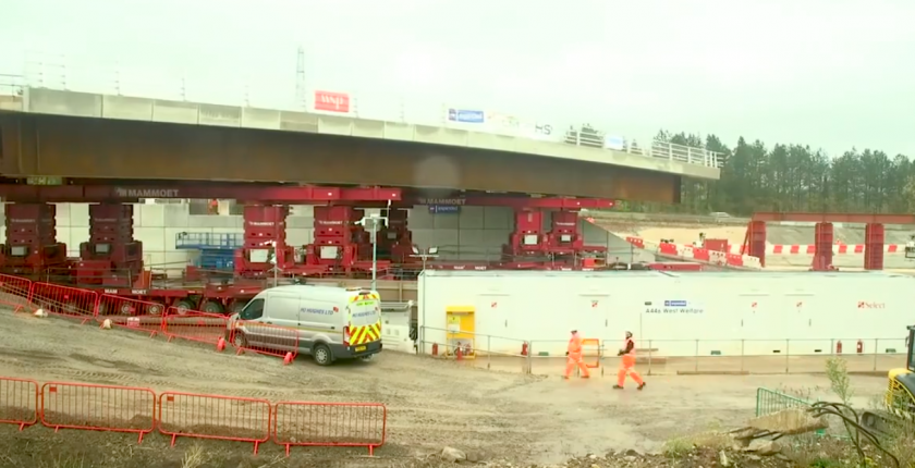 HS2 Bridge installed in 45 mins